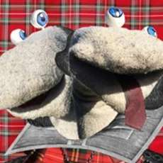 Scottish-falsetto-sock-puppet-theatre-1488015326
