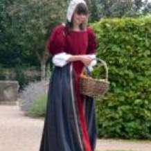 Tuesday-tour-the-role-of-tudor-women-1382871780
