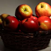 Apple-day-1368963395