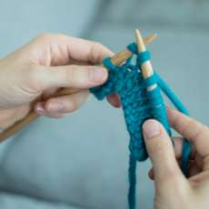Learn-how-to-knit-1477342756