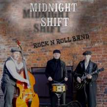 Blues-club-with-midnight-shift-1566384817