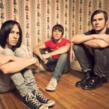 The-cribs-1486850294