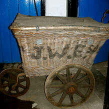 Tours-of-j-w-evans-the-silver-factory