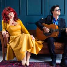 Kathryn-roberts-and-sean-lakeman-1540751184