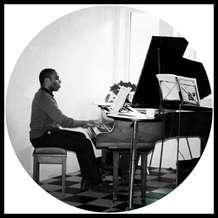 Piano-lounge-1526933044