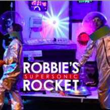 Robbie-s-supersonic-rocket-1511901091