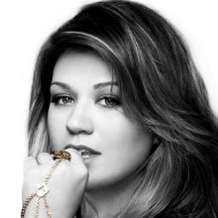 Kelly-clarkson-2