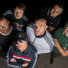 Marquis-drive-live-indie-and-britpop-band-1541434656
